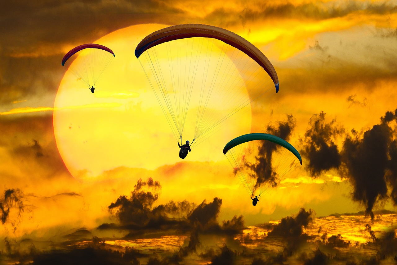 Paragliding- A great adventure for adventure lovers!
